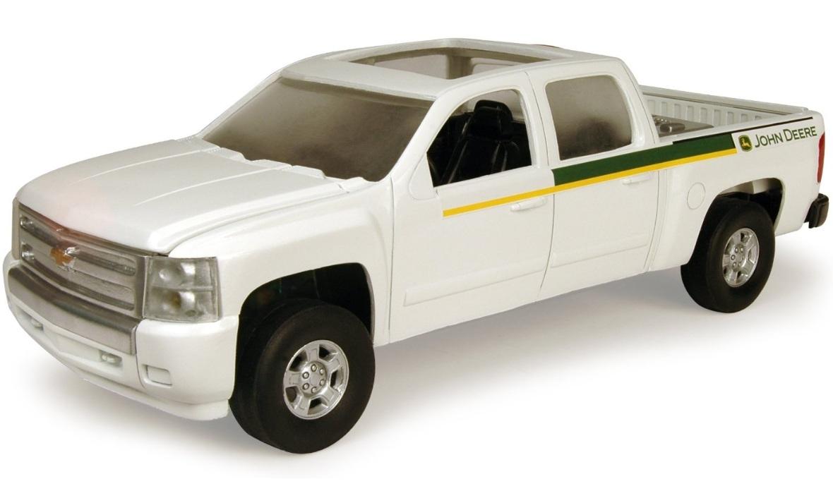 ERTL John Deere Big Farm JD Dealer Chevy Pickup Truck 1:16 Scale