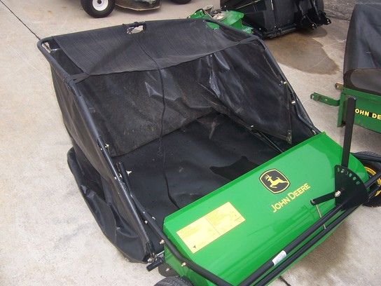 John Deere 42 LAWN SWEEPER Wheels, Tires, and Attachments - John ...