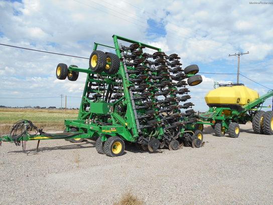 John Deere 1895 Planting & Seeding - Air Drills & Seeders - John Deere ...