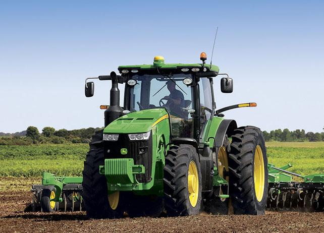 8270R Tractor | 8R Series Row-Crop Tractors | John Deere US