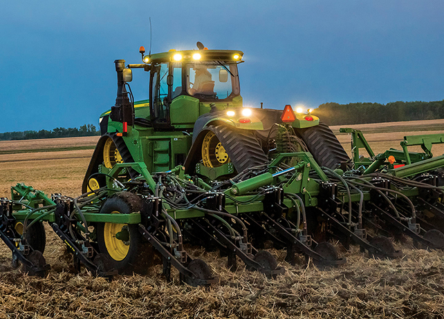 Family 4WD/Track Tractors | 9520RX Tractor | John Deere US