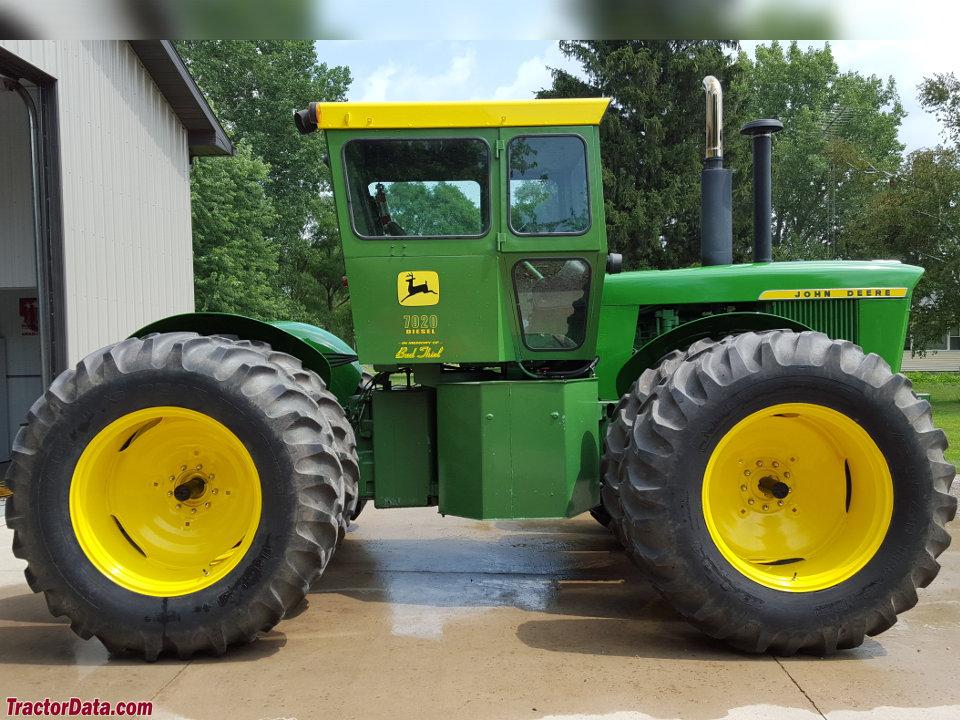 TractorData.com John Deere 7020 tractor photos information
