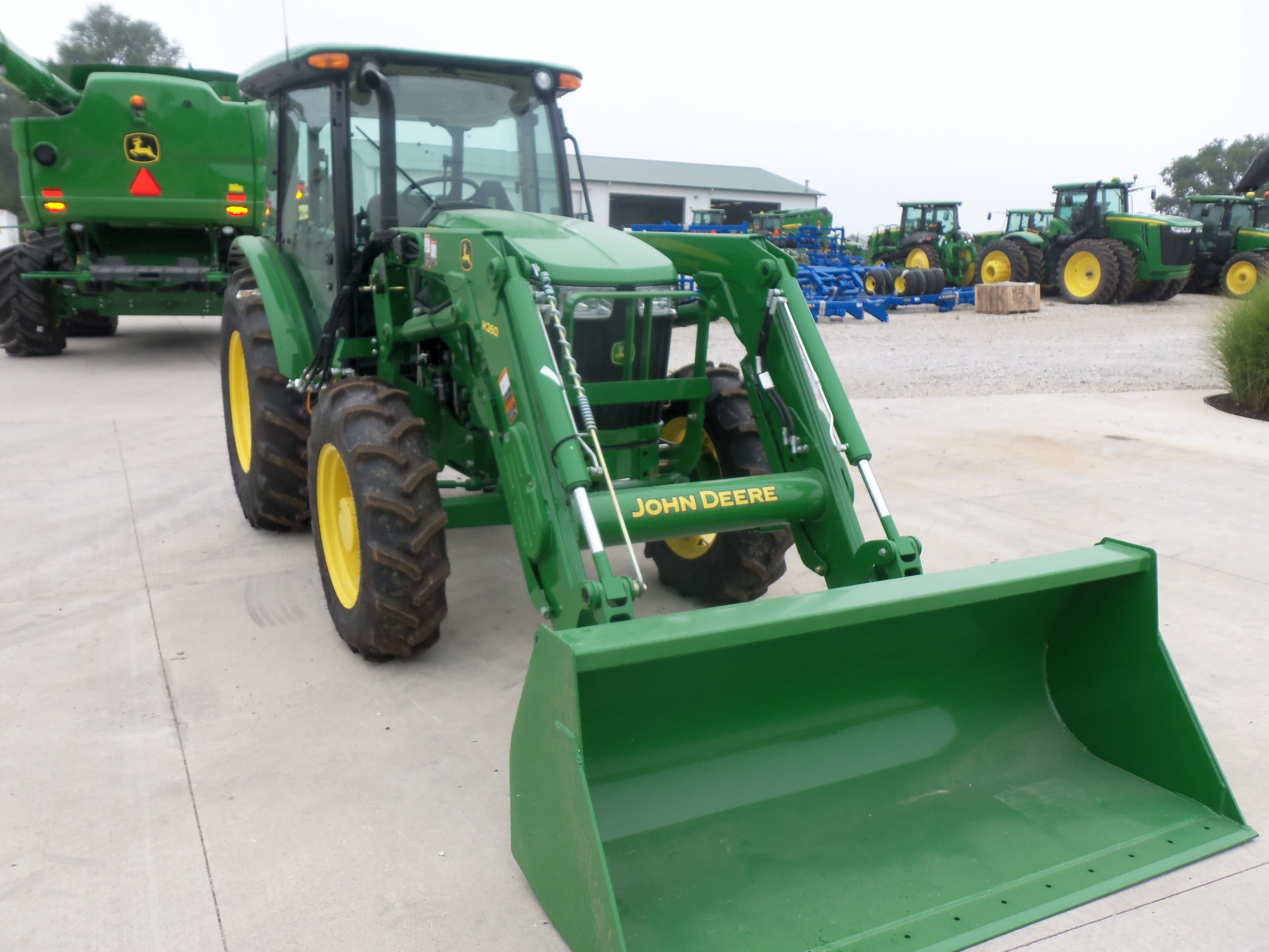 69hp John Deere 5083E with H260 loader | John Deere equipment | Pint ...