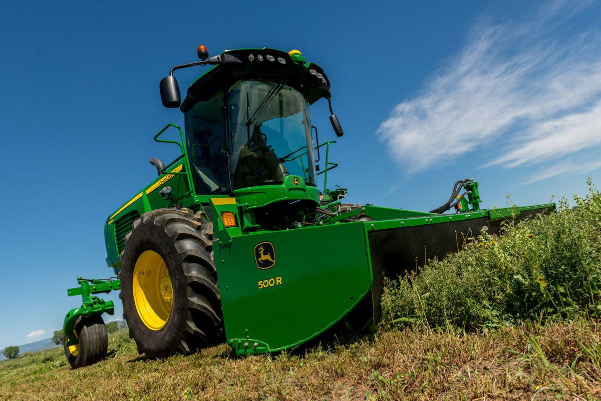 John Deere Doubles Down on New Self-Propelled Windrower ...