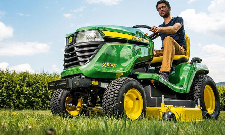 Lawn Tractors | X500 Select Series Tractors | John Deere US