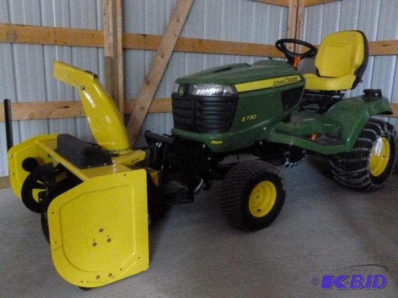 John Deere X730 Lawn Tractor, Comes... | 2012 John Deere X730 Lawn ...