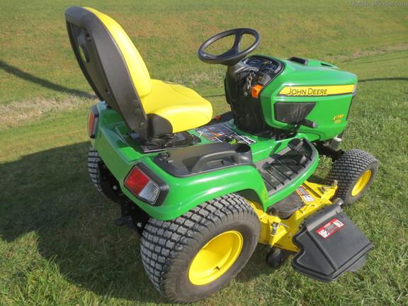 Lawn & Garden Tractors : John Deere X730