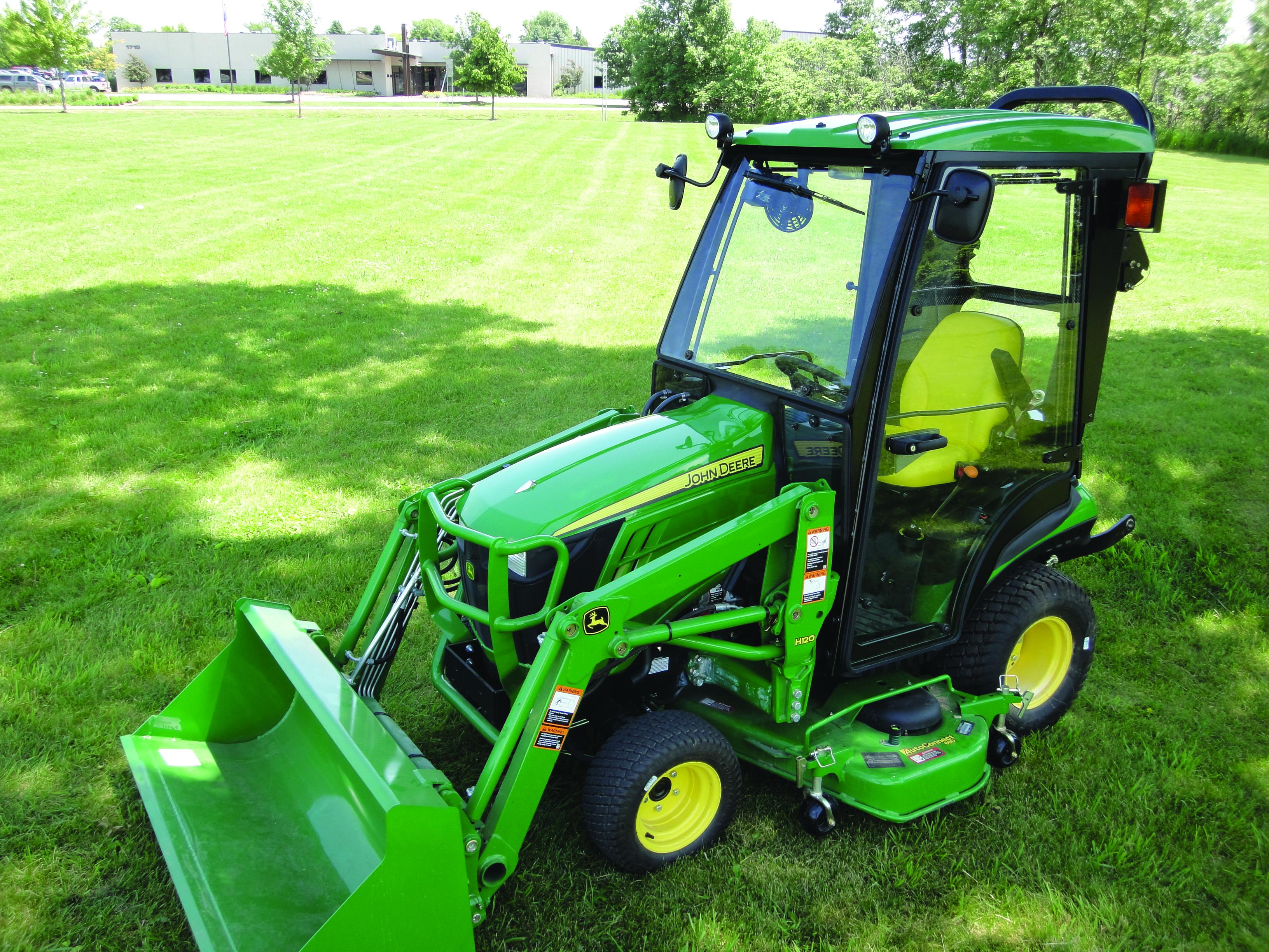Cozy Cab to fit John Deere 1 Series Tractors