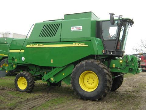 Combine harvester John Deere 1550 - technikboerse.com