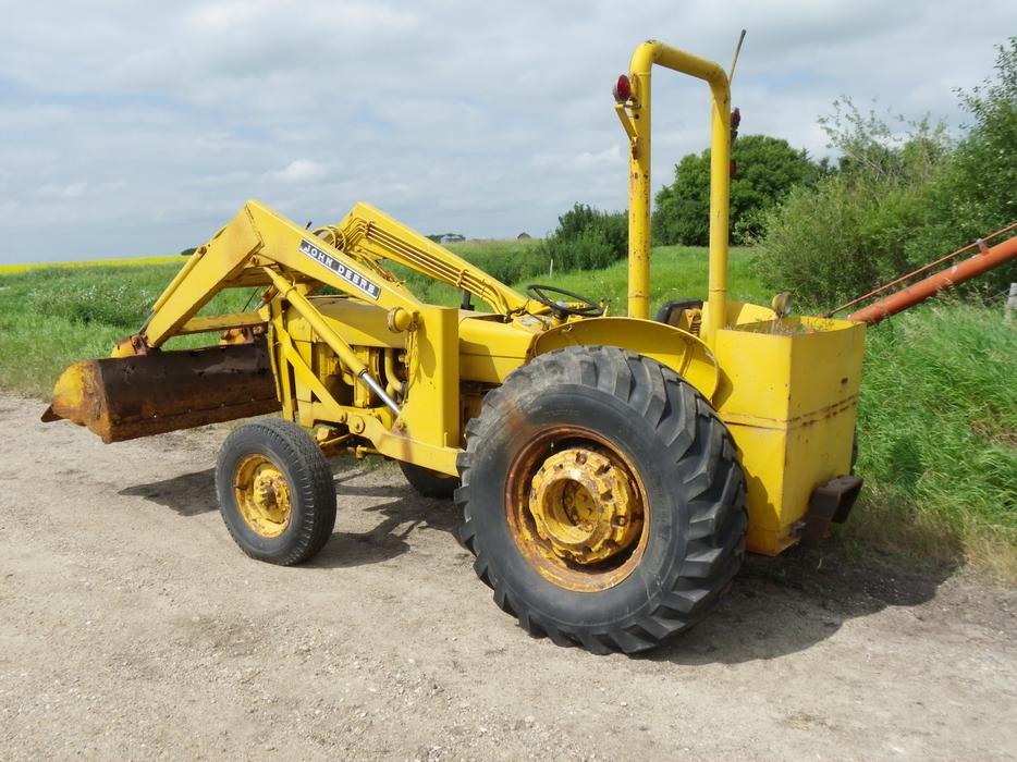 John Deere 300 Tractor with frontend loader Yorkton, Regina