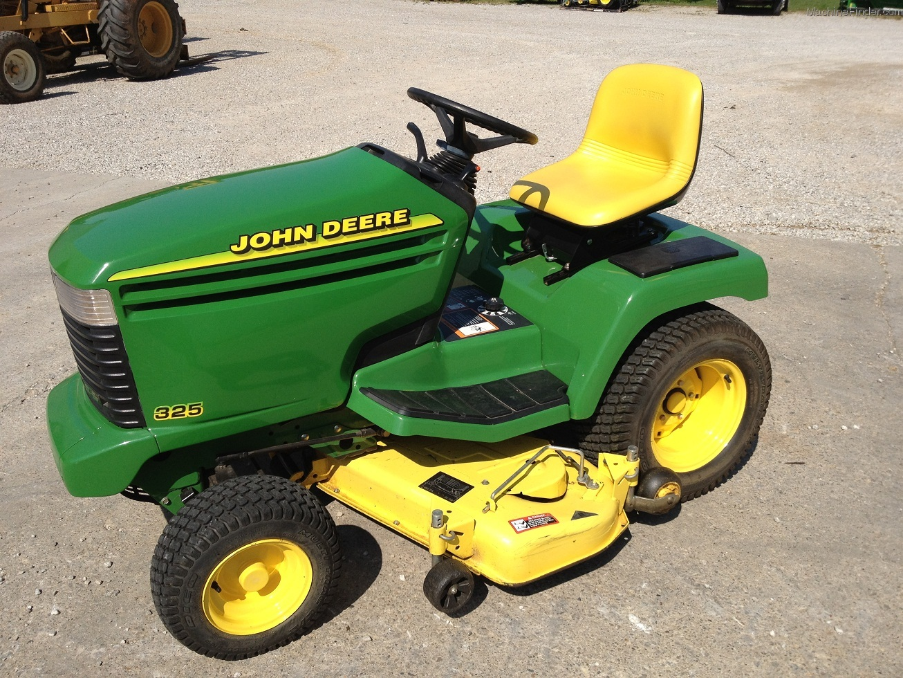 1995 John Deere 325 Lawn & Garden and Commercial Mowing ...