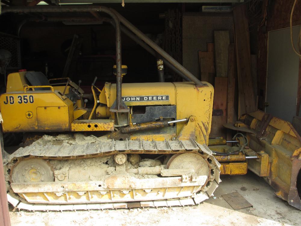 Auctions | John Deere 350 Dozer – John Deere 410B Loader ...