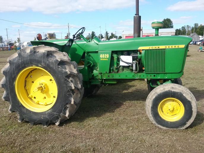 John Deere 455 - Yesterday's Tractors