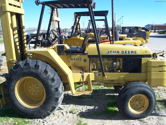 John Deere 480C Forklifts - John Deere MachineFinder
