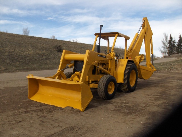 John Deere 510 Loader Backhoe s