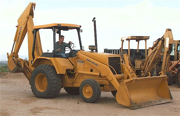 Alfa img - Showing > John Deere 510D Backhoe