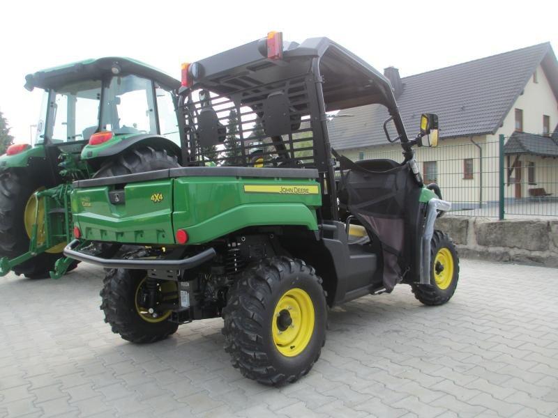 Tractor John Deere XUV 550 - technikboerse.com