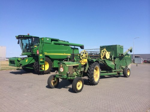 John Deere T 550 Pictures - United Kingdom