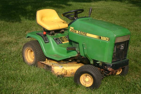 John Deere lawn tractor - $600 (Cockeysville, MD)   Garden ...