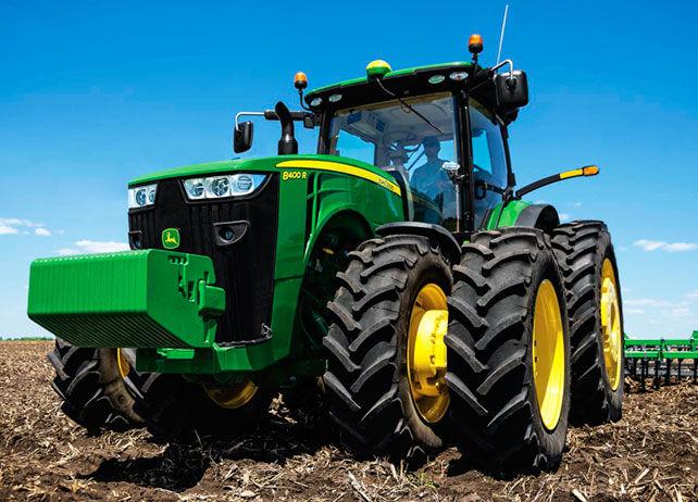 8400R Wheel Tractor | Row-Crop Tractors | John Deere US