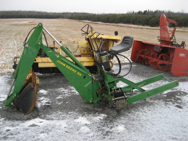 John Deere 8 Backhoe Attachment submited images | Pic2Fly