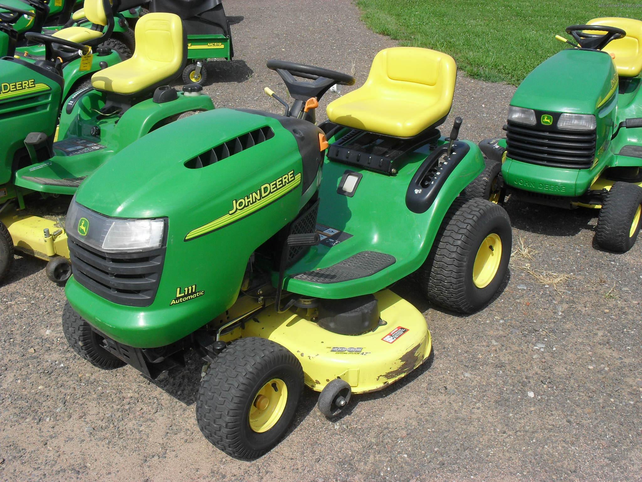 2005 John Deere L111 Lawn & Garden and Commercial Mowing - John Deere ...
