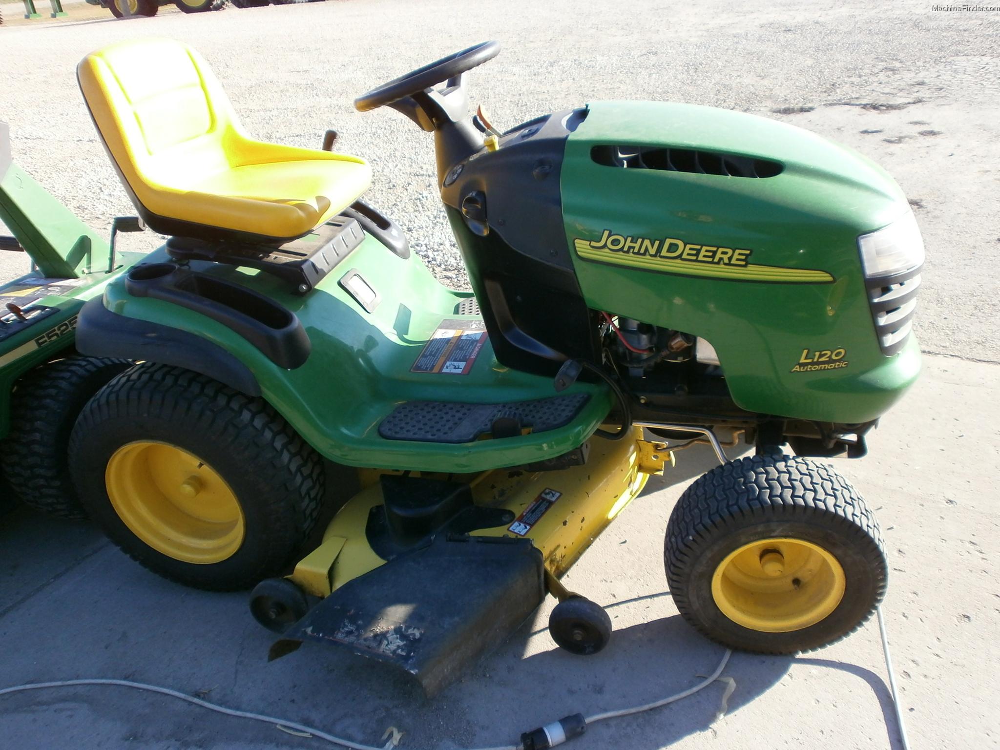 2005 John Deere L120 Lawn & Garden and Commercial Mowing - John Deere ...