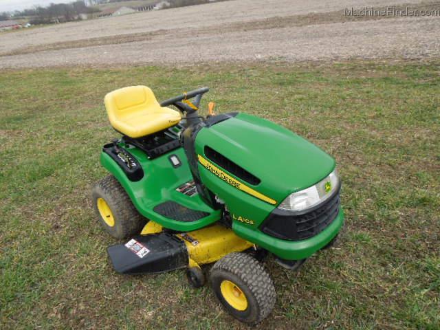 2010 John Deere LA105 Lawn & Garden and Commercial Mowing - John Deere ...