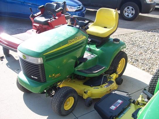 John Deere LX280 AWS Lawn & Garden and Commercial Mowing - John Deere ...