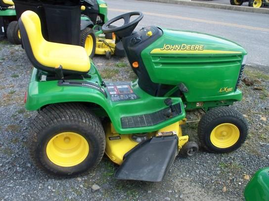 John Deere LX280 Lawn & Garden and Commercial Mowing - John Deere ...