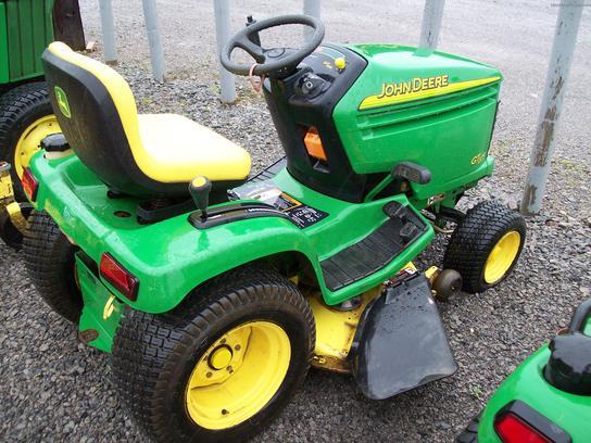 John Deere GT225 Lawn & Garden and Commercial Mowing - John Deere ...