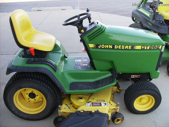 1998 John Deere GT262 Lawn & Garden and Commercial Mowing - John Deere ...