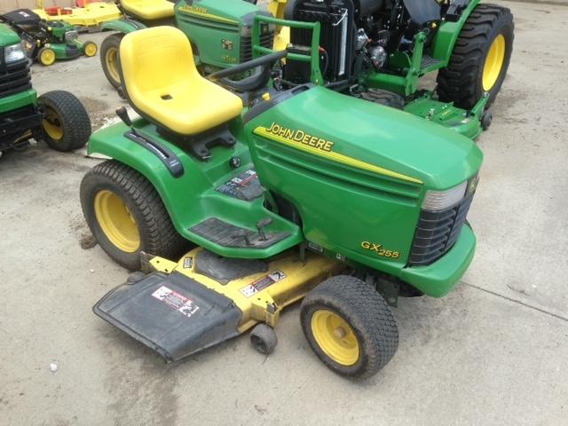 Related Lawn & Garden Tractors