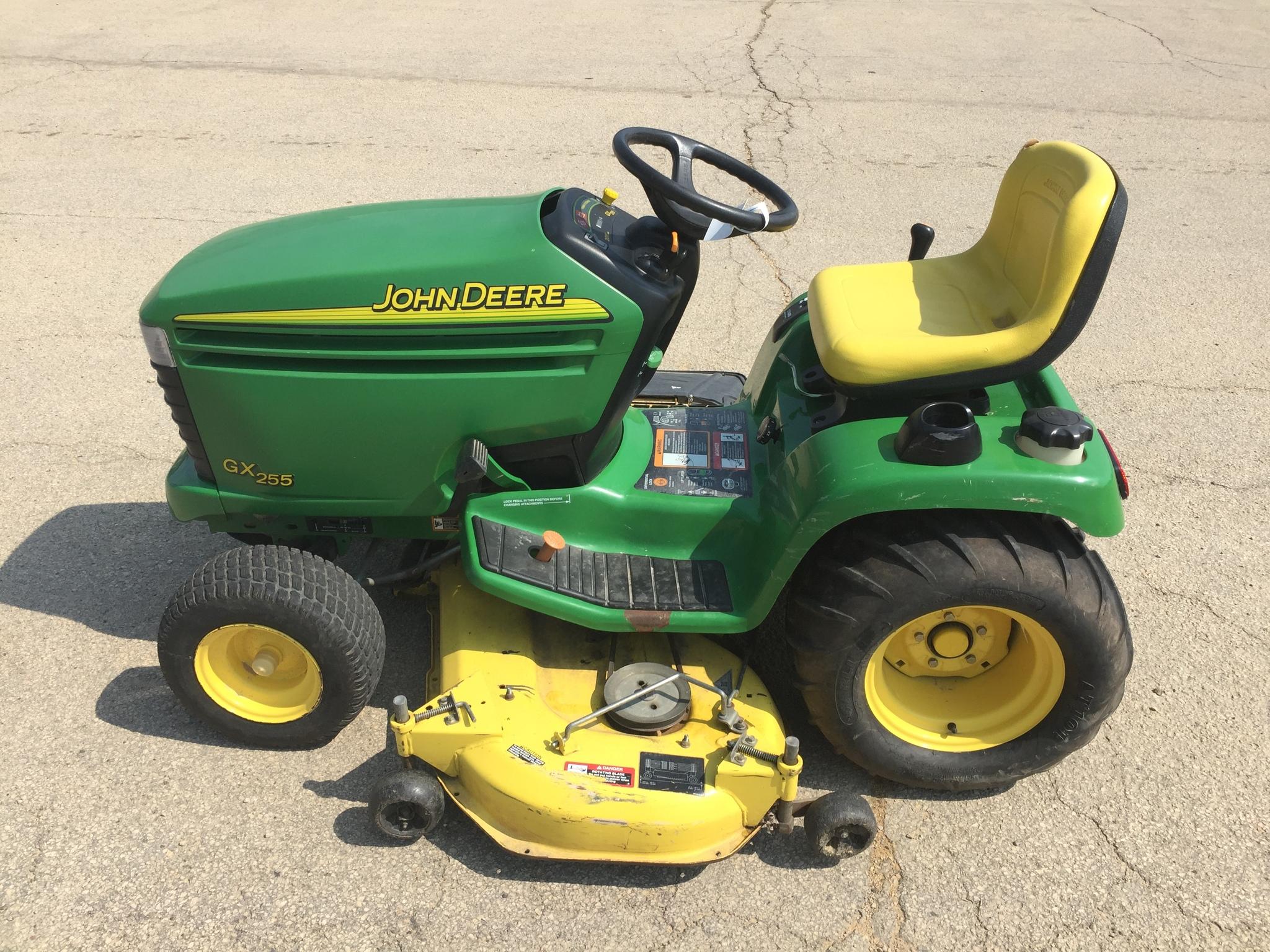 John Deere GX255 Lawn & Garden Tractors for Sale | [58623]