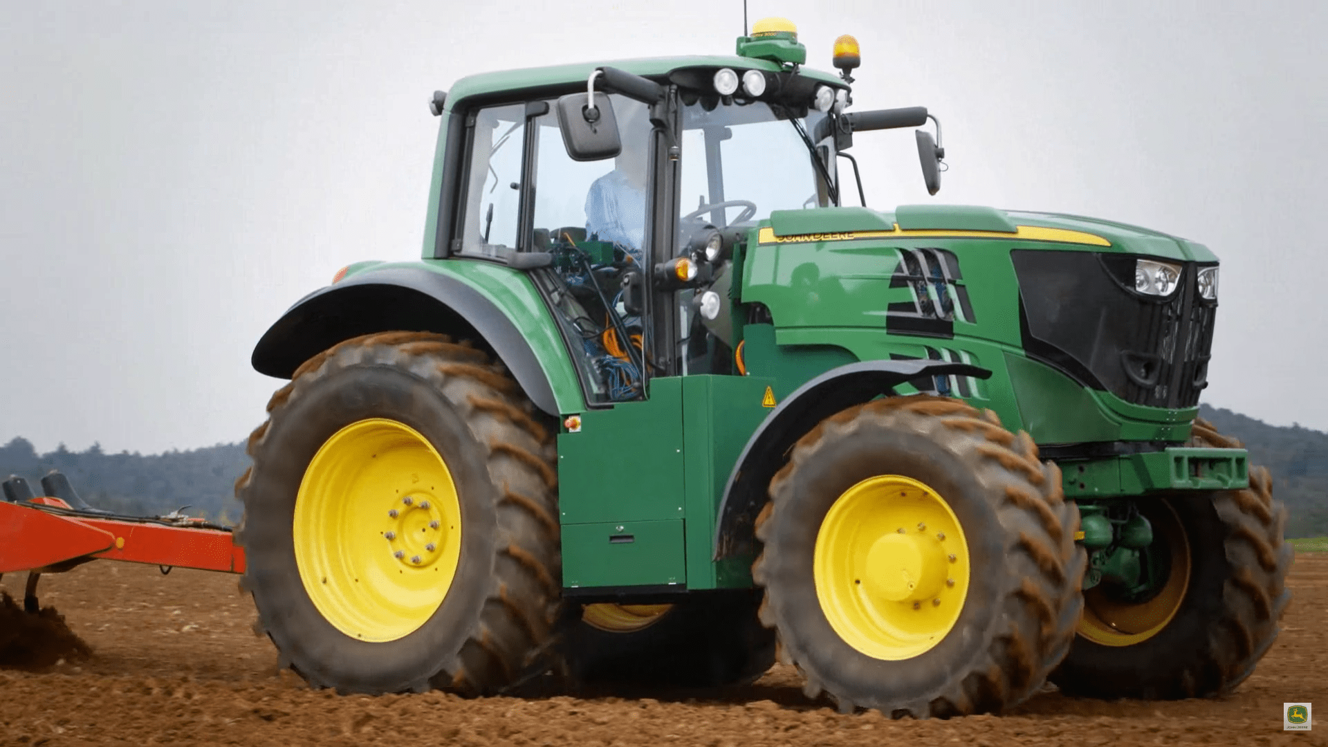 John Deere unveils latest all-electric tractor prototype ...