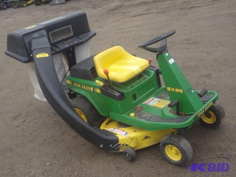 John Deere SX95 Lawn Mower, 38