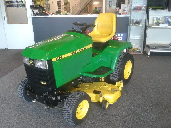 John Deere 415 utility/ special vehicle from Netherlands ...