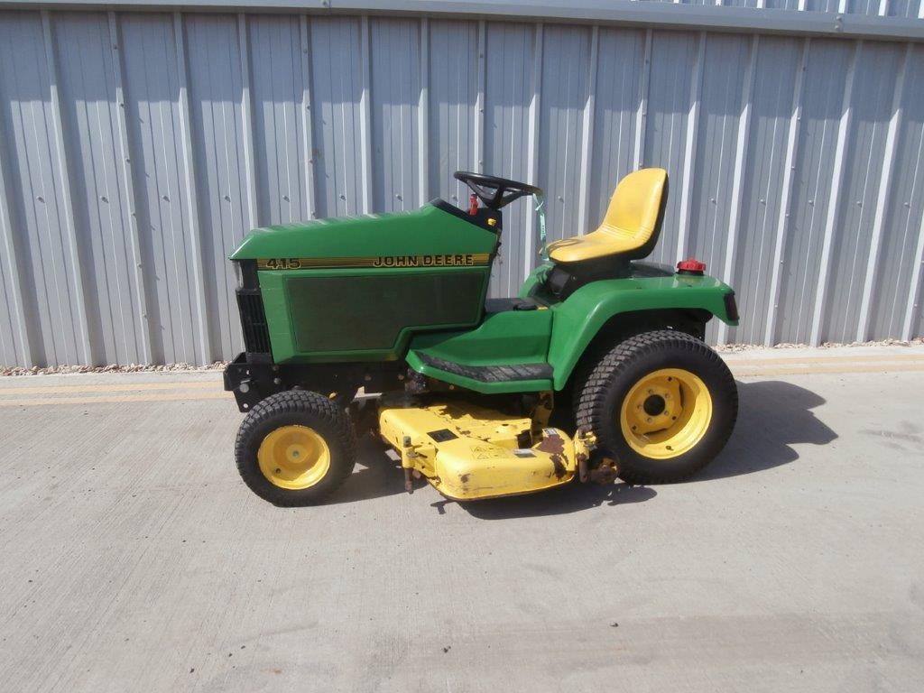 11037709 John Deere 415 Diesel 1997 - Farm Machinery