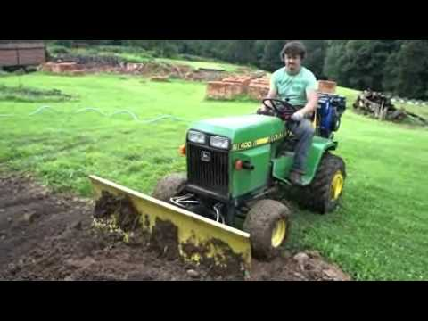 John Deere 400 zahrnuje vykop - YouTube