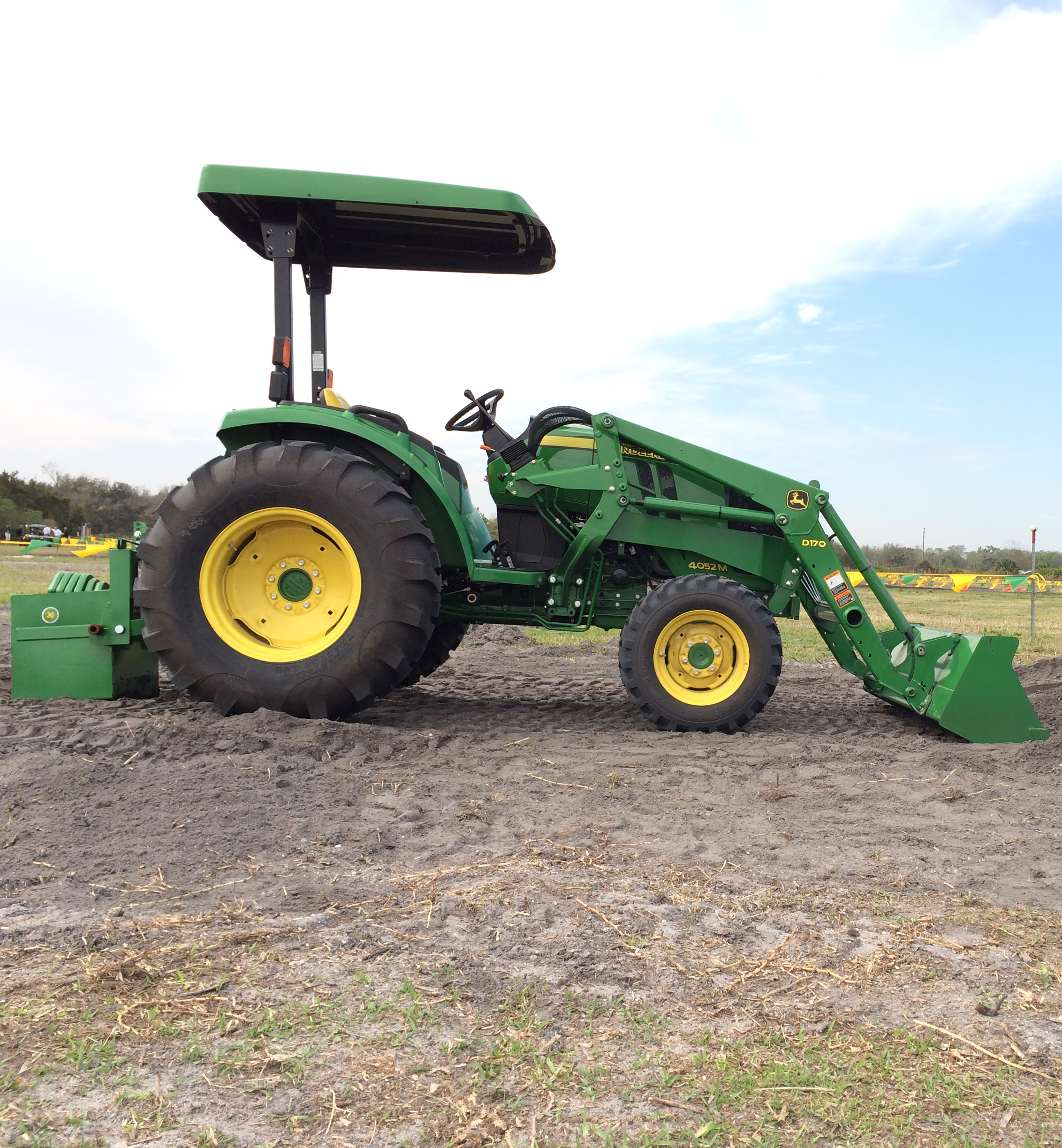 John Deere's 4052M, as well as 5 other 4 Family models, will be ...
