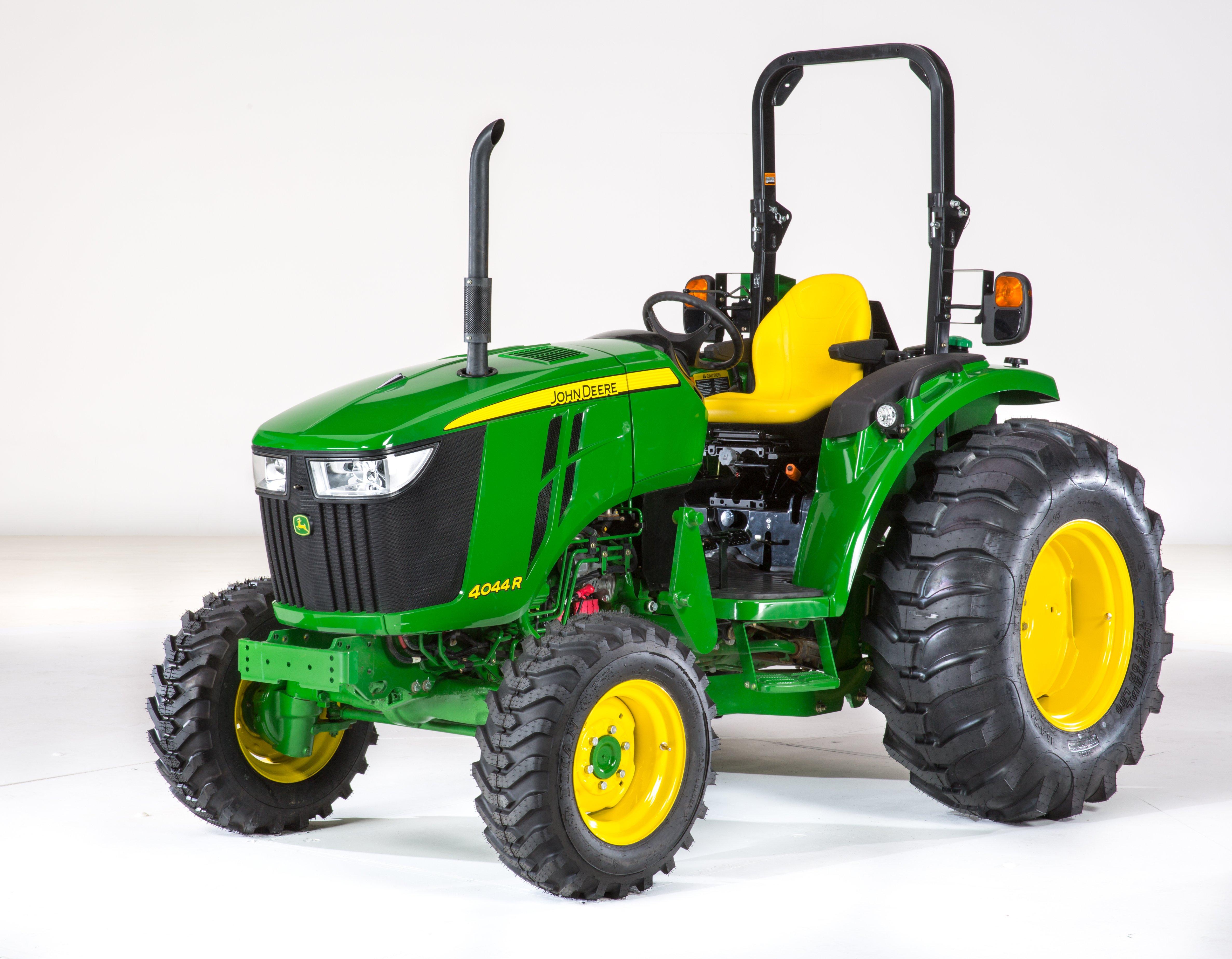 John Deere Intros 6 Compact Utility Tractors