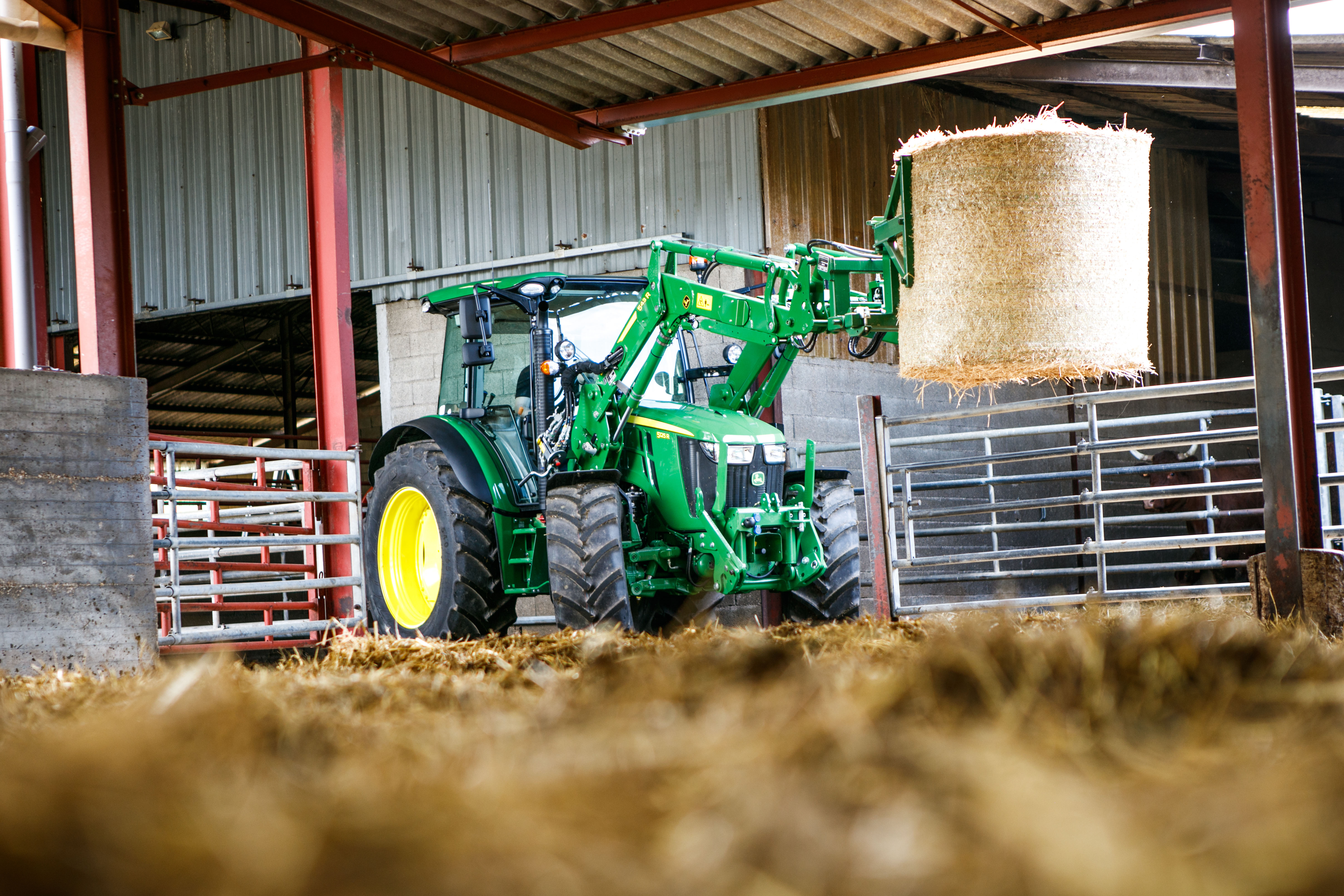 The new John Deere 5125R tractor with 543R front loader.