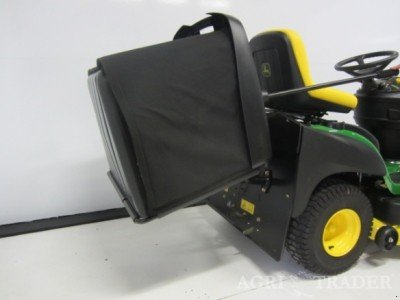 Riding lawn mower John Deere X155R - technikboerse.com