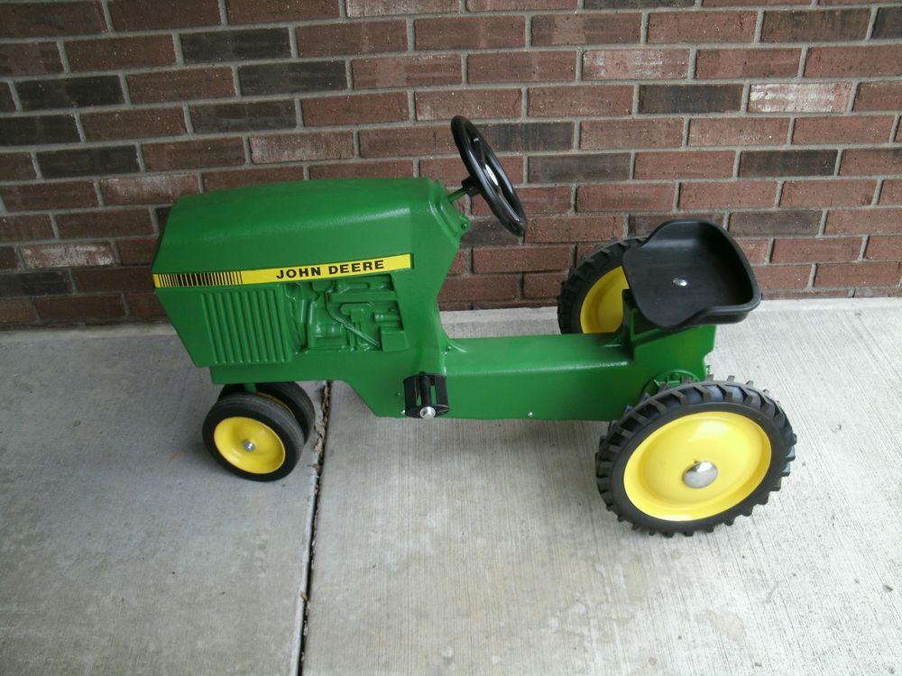 John Deere Model No 520 Ertl Diecast Pedal Tractor | eBay