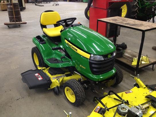 2013 John Deere X320 Lawn & Garden and Commercial Mowing ...