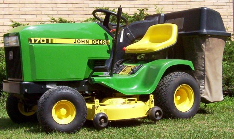 John Deere 170 Lawn Mower submited images.