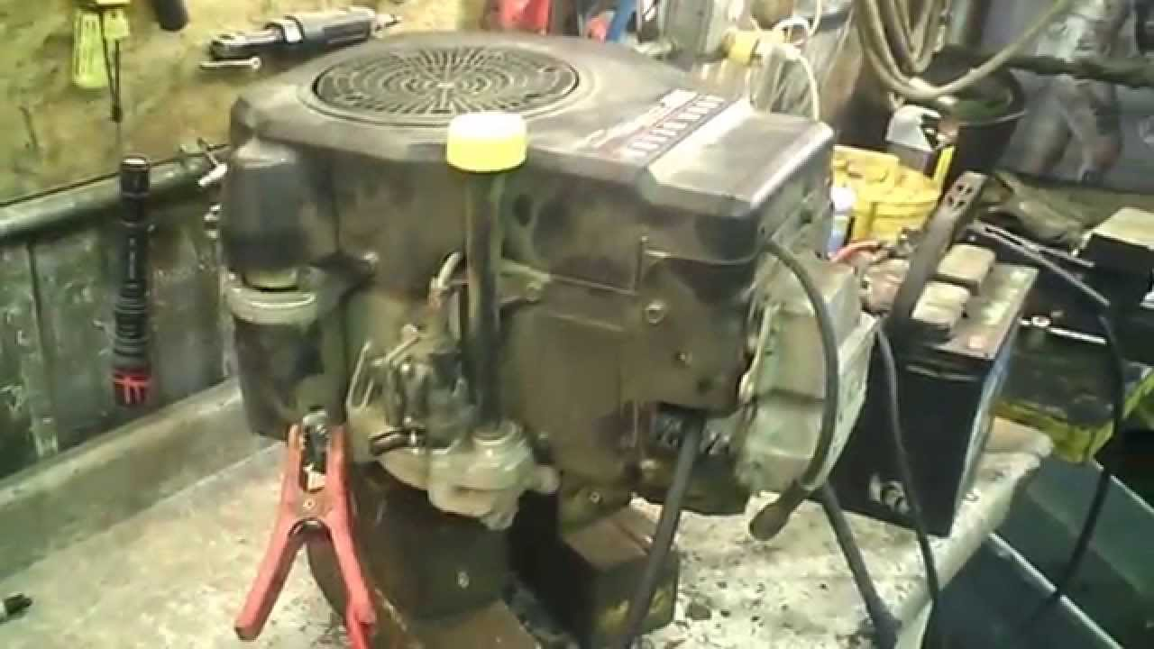 LOT 1794A John Deere LT133 Engine Compression Test 13hp ...