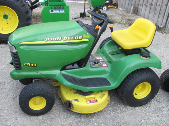 1998 John Deere LT133 Lawn & Garden and Commercial Mowing ...