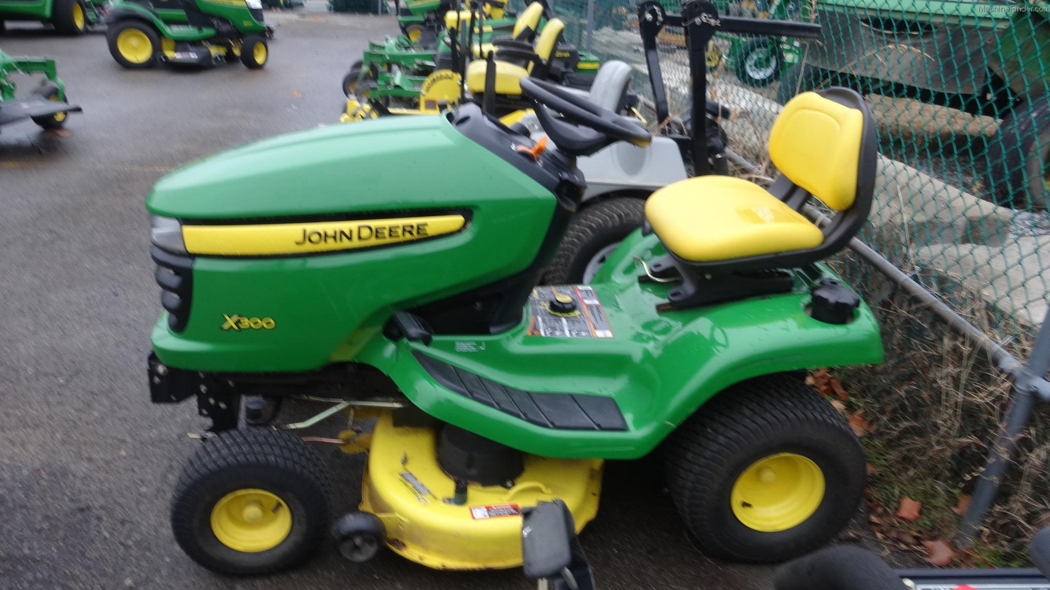 2006 John Deere X300 Lawn & Garden and Commercial Mowing ...