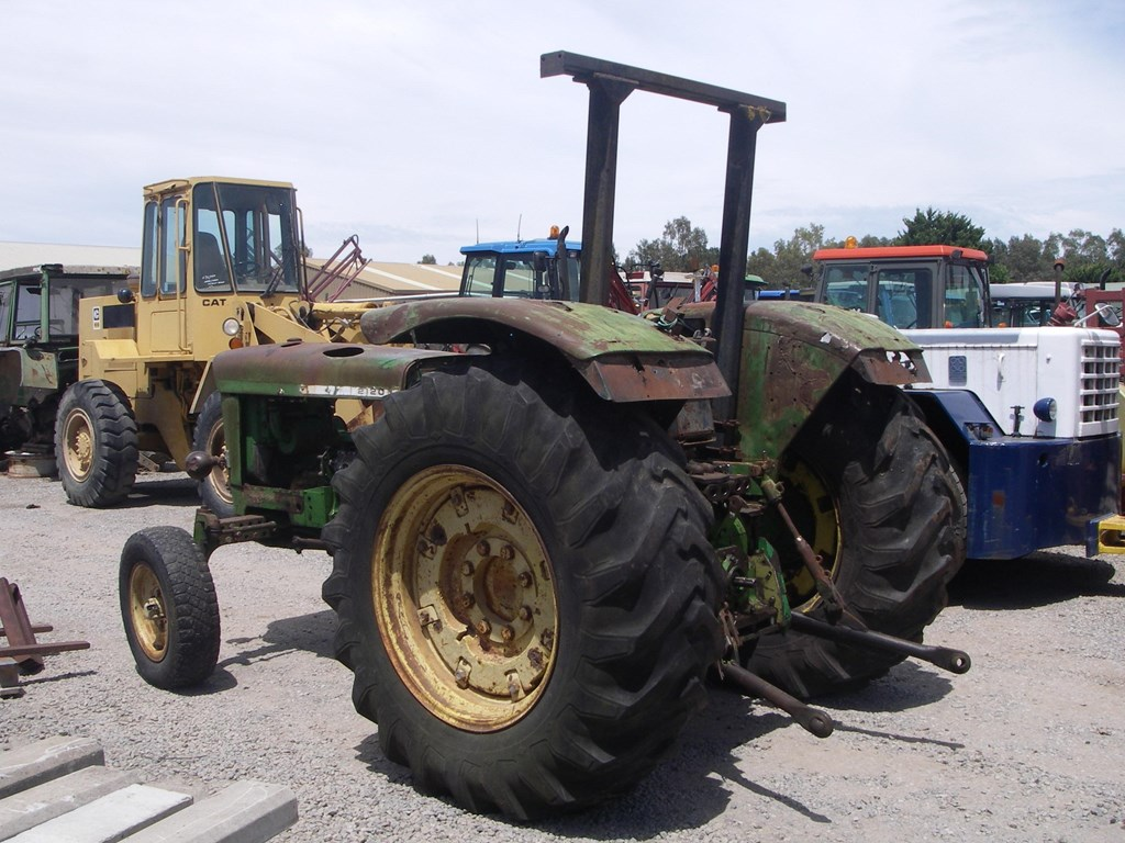JOHN DEERE WRECKING PARTS ONLY 2120 TRACTOR for sale